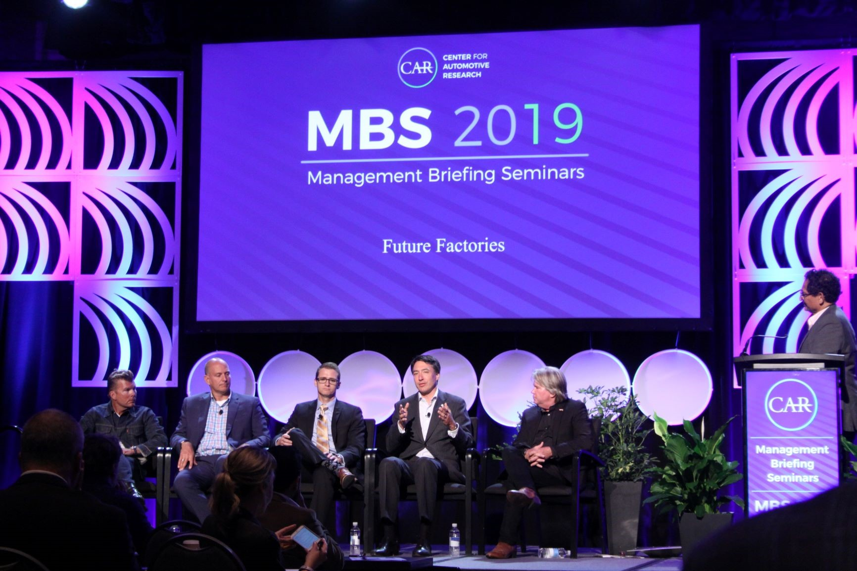 facton-ceo-alexander-m-swoboda-at-car-mbs-2019-panel-discussion-on-future-factories